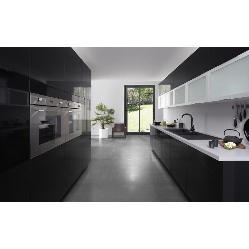 mon espace maison fileur d 39 angle cuisine stratifie noir brillant. Black Bedroom Furniture Sets. Home Design Ideas